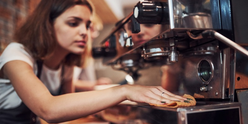 Tipping servers still makes sense
