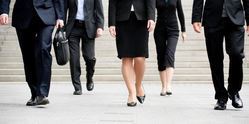 Quand devons-nous nous soucier de la paie des PDG?