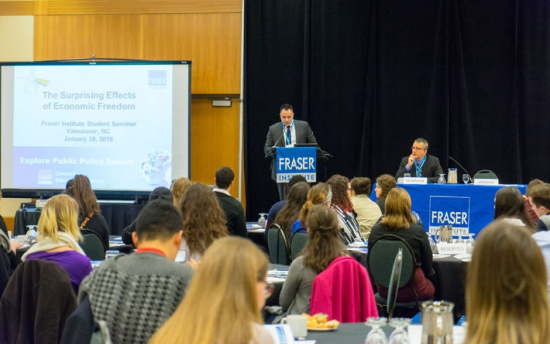 Charles Lammam, Director of Fiscal Studies at the Fraser Institute, introduces speaker Fred McMahon, who presented on Economic Freedom at a Vancouver seminar.