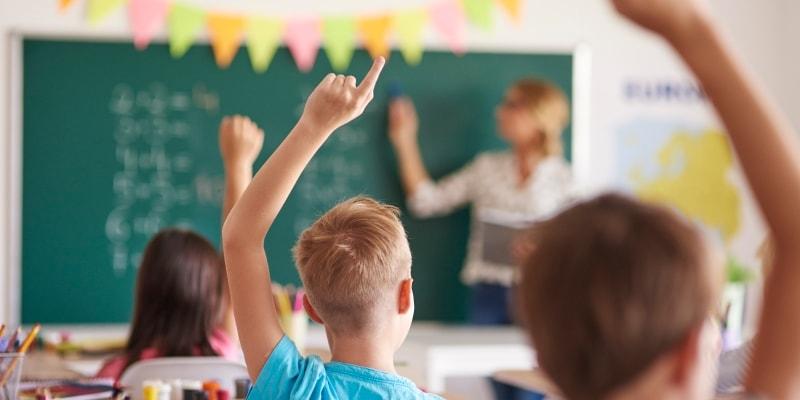 Report Card on Ontario's Elementary Schools 2017